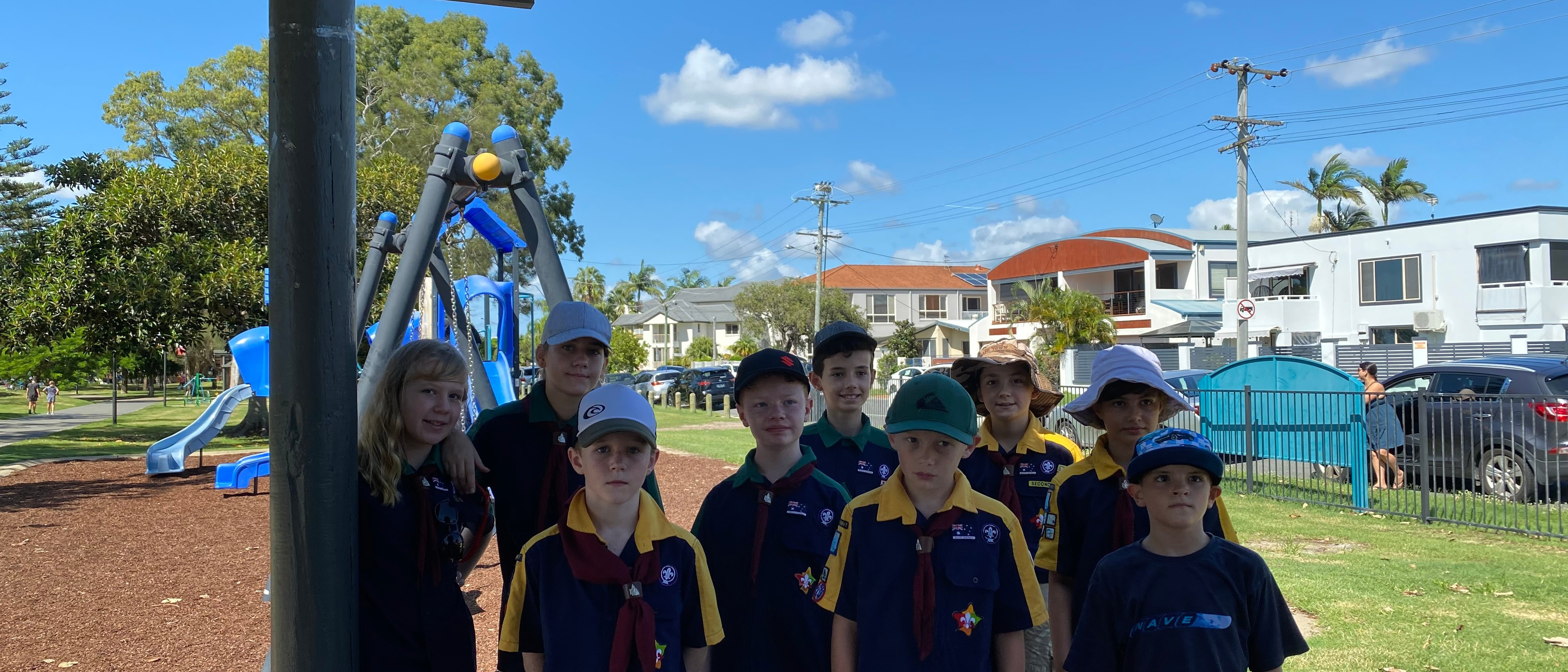 Scouts Paradise Point Park - Scouts Clean Up